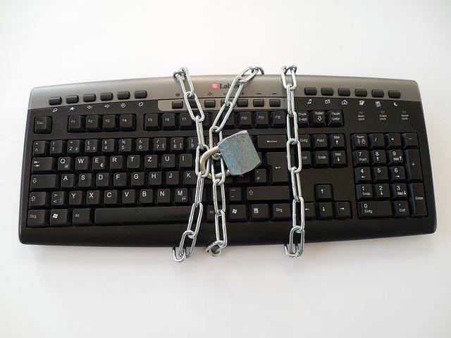 keyboard-628703_640